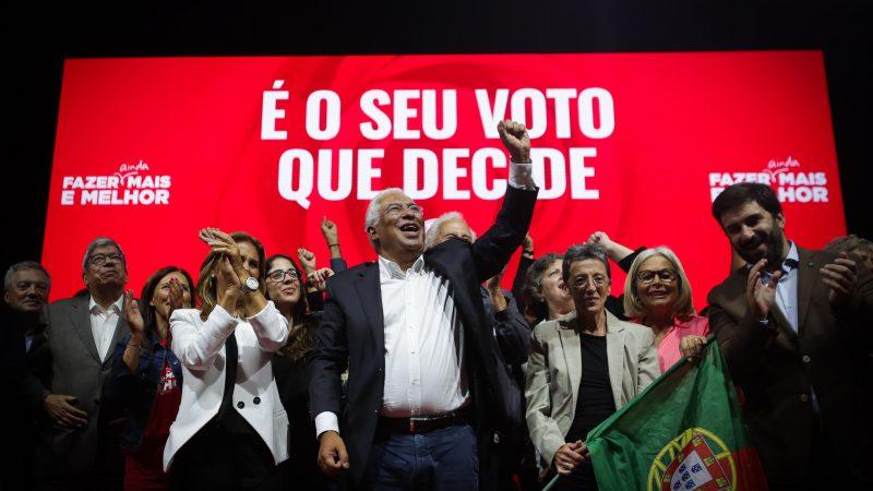 Antonio Costa durante un mitin de campaña