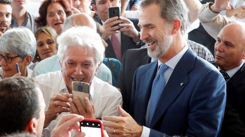 """Felipe VI apoya a los empresarios españoles en Cuba ante sus """"dificultades"""""""
