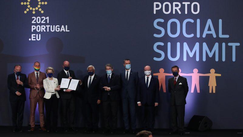 "Oporto sella un compromiso ""histórico"", la brújula de la Europa social –  EUROEFE EURACTIV"