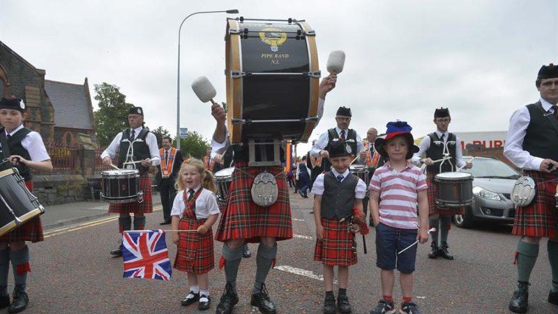 Alt-Desfile-del-12-de-julio-en-Belfast-Irlanda-del-Norte.-EFE-EPA.MARK-MARLOW.Archivo.jpg