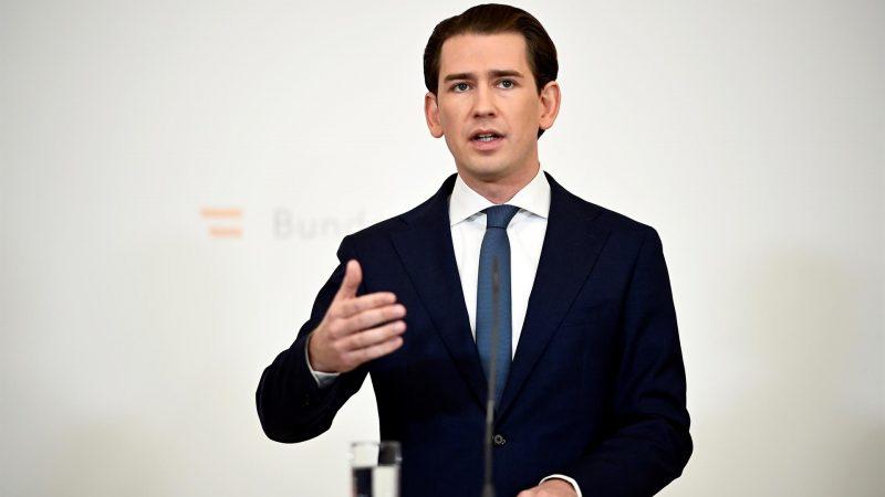 Alt-El-canciller-federal-austriaco-Sebastian-Kurz-dimite-acusado-de-corrupcion.-EFE-EPA.CHRISTIAN-BRUNA.jpg