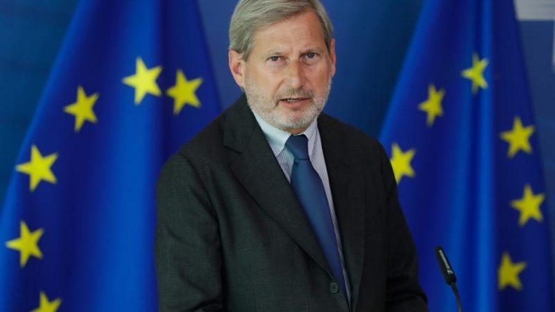 Alt= El comisario europeo de Presupuesto de la UE, Johannes Hahn, en Bruselas (Bélgica). EFE / EPA / STEPHANIE LECOCQ / POOL/Archivo