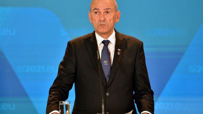 Alt-El-primer-ministro-esloveno-Janez-Jansa-en-una-imagen-de-archivo.-EFE-EPA-IGOR-KUPLJENIK.jpg