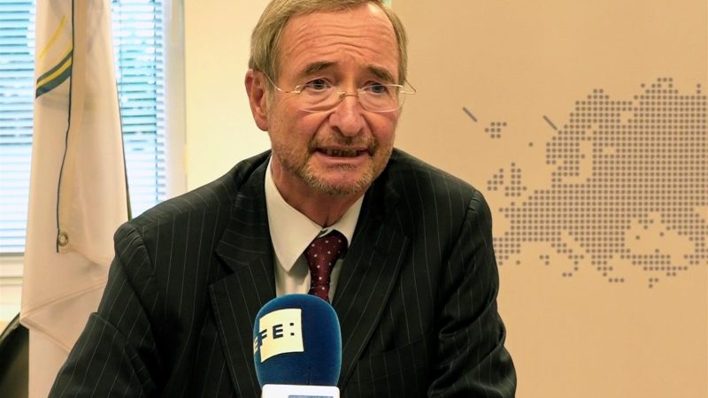 AltEl-presidente-de-Eurochambres-Christoph-Leitl-durante-la-entrevista-mantenida-con-la-Agencia-Efe-en-Bruselas.-EFE-Leo-Rodriguez.jpg