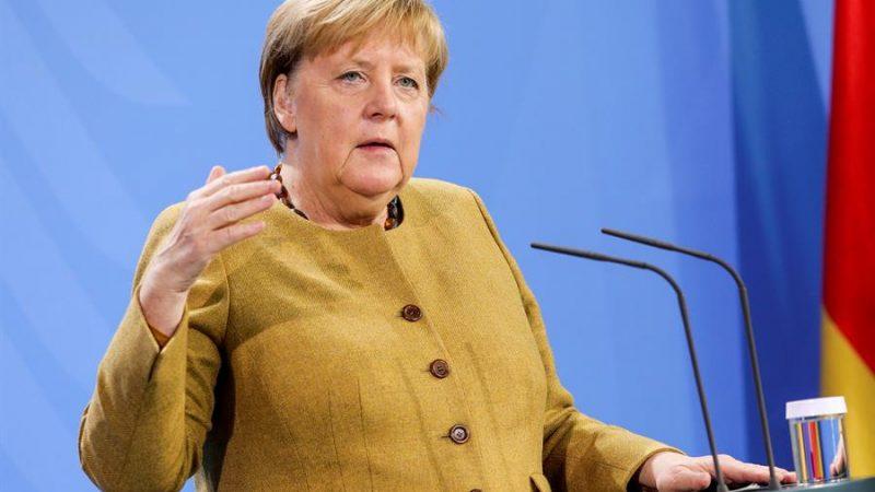 Alt=La canciller alemana Angela Merkel en Berlín, Alemania. EFE/EPA/Omer Messinger / POOL/Archivo Merkel recogerá mañana el Premio Carlos V por su compromiso con Europa